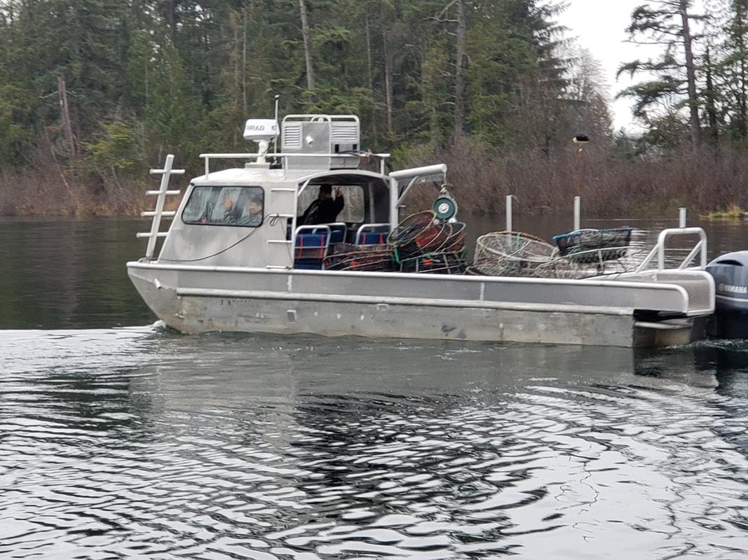 Seabear water taxi docking in Broken Group Islands